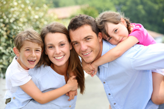 Happy-family-with-48536213