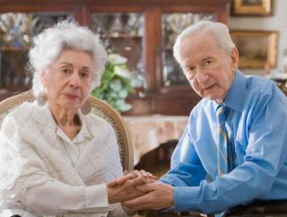 Elderly-couple-600x454