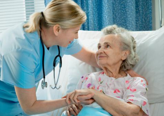 Nurse-and-Elderly-Patient
