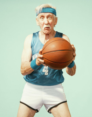 Old-People-Playing-Basketball-Photography_7