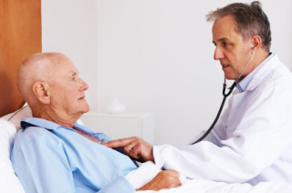 Doctor-Patient-Older-Man